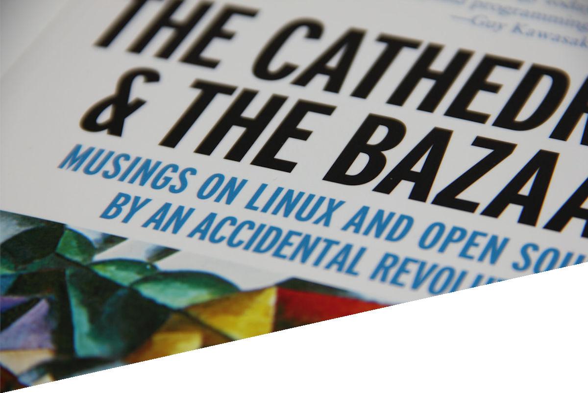 Momentos clave en el mundo Open Source:  La Catedral y el Bazar